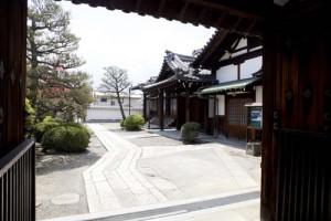 zensoji-gate