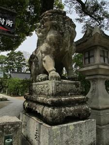 北野天満宮(絵馬所参道脇)狛犬 (こまいぬ) |石彫刻 /石仏・ 狛犬・創作,|京都の石屋 芳村石材店