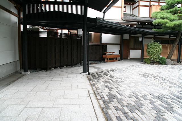 京都の石畳の様子
