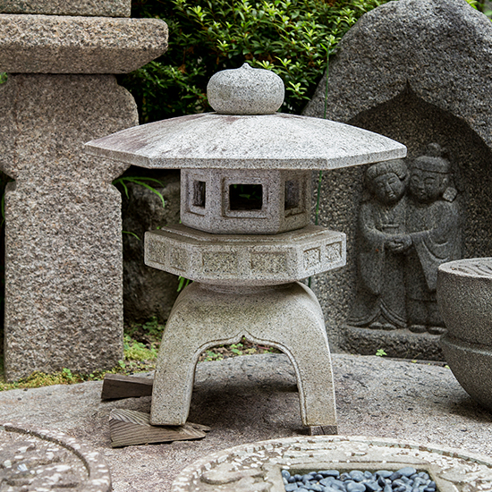 Japanese stone lantern for sale, granite